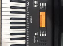 Musical Instuments for Sale in Kuwait | Bass & Electric