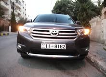 Used condition Toyota Highlander 2013 with  km mileage