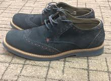 حذاء مقاس 41