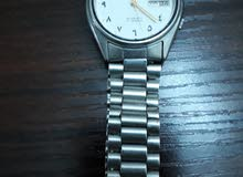 لبيع ساعة سيكو 5جملية وقديمة بي رقم العربي