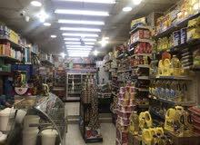 محل كبير للبيع//  الزرقاء الغويريه شارع ابو بكر الصديق