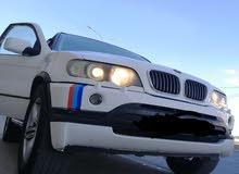 BMW x5 بسعر مغري بداعي السفر