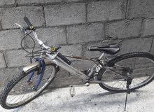 دراجة بحالة جيدة حركات