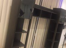 كبت+مكتبةتلفزيون+مكتب في حالة الجديده مستخدم فقط 4اشهر