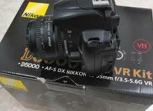 كاميرا احترافية نيكون موديل D5000 نظيفة بكامل اغراضها