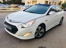 For rent a Hyundai Sonata 2014