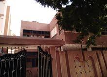 منزل في أبو آدم مربع 14 شارع نوباتيا مساحته 300 متر مربع ناصيه مسلح ارضي جاهز وم