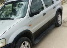 فورد اسكيب 2002 للبيع أو البدل بسياره بثفندار اوسياره نظيفه