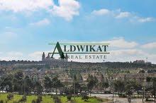 ارض للبيع في عبدون الشمالي مساحة 824م قرب تاج مول