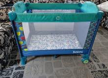 سرير اطفال تخت بيبي قابل للطي بحاله جيده جدا