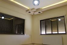 شقة سوبر ديلوكس مساحة 180 م² - في منطقة ام السماق للايجار فارغة