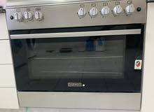 Daewoo 5 burner gas oven with Rotisserie  feature
