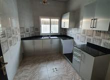 للإيجار شقة جديده في مدينه حمد دوار 13