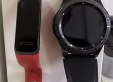للبيع ساعة Samsung gear s3 & Huawei band4