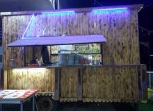 عربانه خشب مطعم جاهز مع محتوياته الكامله