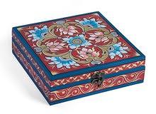 صندوق دمشقي خشبي أحمر وأزرق