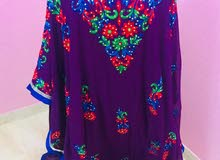 ملابس للبيع او الايجار