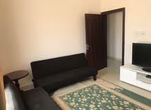 شقة مؤثثه بالكامل مع انترنت سريع مجاني في المعبيلة الثامنه