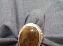 خاتم عقيق يمني مع فضة راقية يمني يدوي