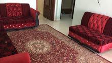 فلة خلف جامعه صحار / شبه مؤثثه حسب الصور الاثاث المتوفر ..