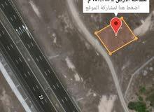 أرض سكني تجاري للبيع في الجرداء اول خط من شارع الشرقية الجديد بدبد صور