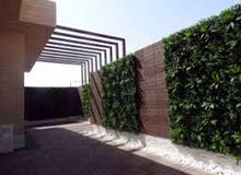ترتيب الحدائق و تركيب جميع انواع العشب الصناعي و الانترلوك بايدي ماهرة