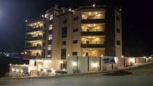 تملك شقة *** تشطيبات فخمة *** مساحة 167 متر طابق أول (( شفا بدران )) بلقرب من التطبيقية