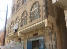 صنعاء  الدائري قرب مدرسة اسماء للبنات