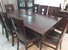 طاولة سفرة لون بني مع 8 كراسي