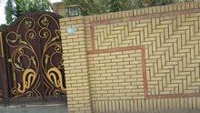 للبيع أو للأيجار  بيت كبير بناء حديث في الشرطة الخامسة / م 865  ز 26  د 22