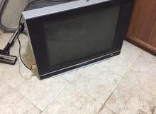 للبيع  مستعمل تلفزيون مع ريسيفر  مع بوفيه خشب  للتلفزيون الاتصال فقط 0776379409