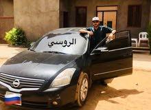 Automatic Black Nissan 2010 for sale