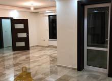 شقه طابقيه (اخيرمع روف) للبيع في الاردن - عمان - شفا بدران بمساحه 300م