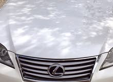 Used condition Lexus ES 2011 with 1 - 9,999 km mileage