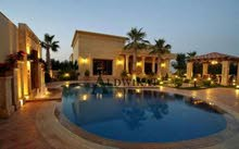 فيلا مستقلة مميزة جدا للبيع في اجمل مناطق عبدون مساحة الأرض 1472م - البناء 1300م