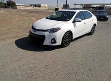 White Toyota Corolla 2016 for sale