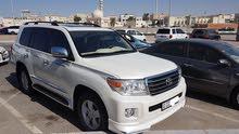 Toyota Land Cruiser 2014 in Abu Dhabi - Used