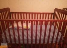سرير اطفال زان