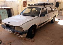 Available for sale! +200,000 km mileage Peugeot 505 1989