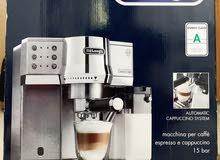 مكينة ايسيبريسو ، كابوتشينو وقهوة ماركة ديلونجي Espresso, cappuccino and coffee