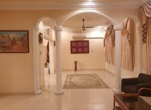 للايجار منزل نظيف جدا وواسع في الرفاع شامل الكهرباء والماء طابقين يتكون من:- 7 غ