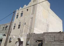 بيت في الشهداء علـّۓ  شارع 12 متر ثلاثه دور