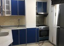 شقة ثلاث غرف نوم نصف مفروش في سند شامل الكهرباء والماء