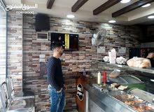 مطعم سناك للايجار في السوق