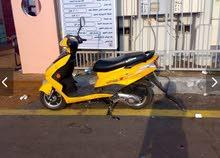 دراجة نارية بطه للبيع 2500ريال  Motorcycle scooty new condition