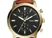 ساعة fossil الاصلية كفالة سنتين مع علبتها سعرها 35