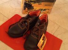 حذاء عمل للبيع