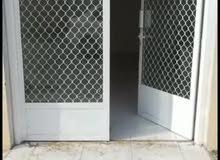 محل للإيجار يصلح لمقاولات بناء او خياط او محل اقمشه