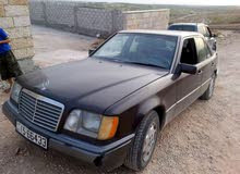 1992 Used E 200 with Automatic transmission is available for sale