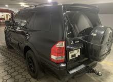 Special Black Mitsubishi Pajero 2006